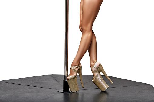 Batifoler au cours d'une soirée striptease!